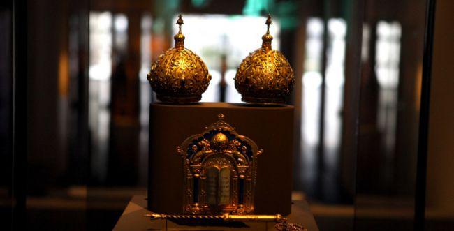 יהלומים וספר תורה מוזהב; כך נשדד סוכן תכשיטים