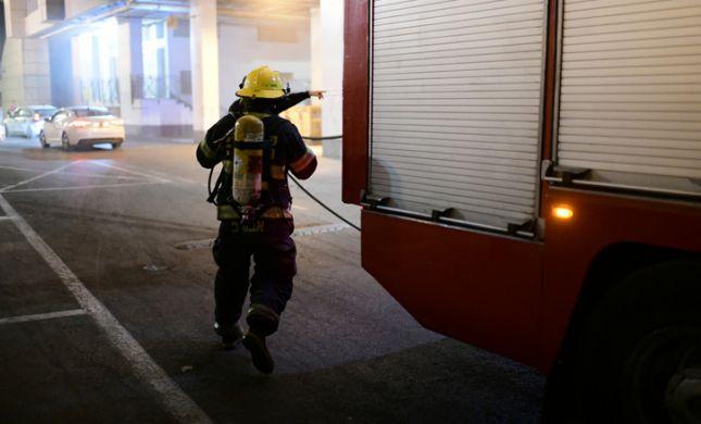 שריפה בקיסריה: שני צעירים נפצעו באורח בינוני