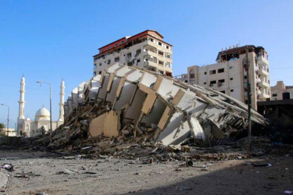 """האסון הישראלי שנקרא """"הסברה"""""""