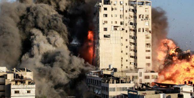 """מטחים כבדים למרכז, צה""""ל תקף מעל 600 יעדי טרור"""