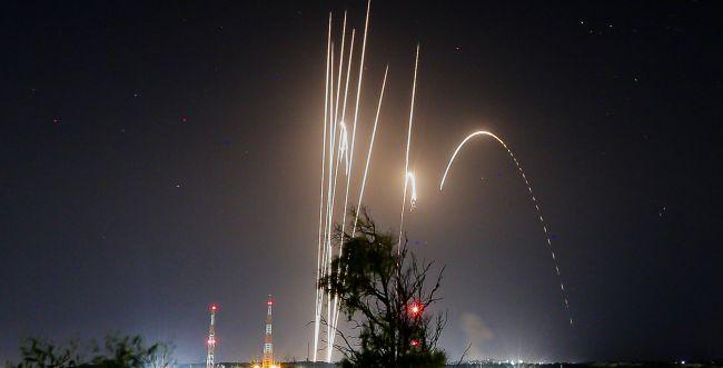"""אש בצפון: שתי רקטות נורו מלבנון, צה""""ל תקף בתגובה"""