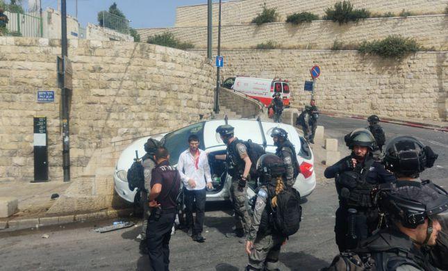 תינוקת נפצעה מהשלכת סלעים ורכב נרגם בידי פורעים ערבים