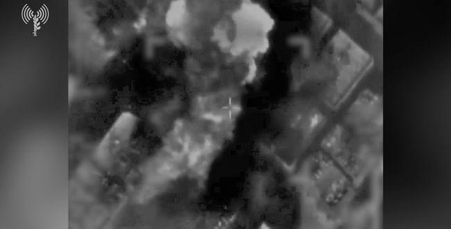 """צה""""ל ממשיך לתקוף: ביתו של בכיר חמאס הופצץ"""
