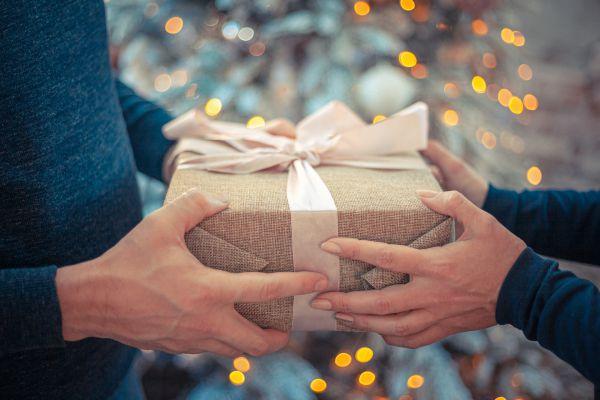 סוף השנה כאן – זמן למתנות קטנות לאנשים גדולים!
