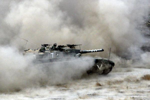 """סוריה: טנק של צה""""ל תקף עמדה צבאית בקוניטרה"""