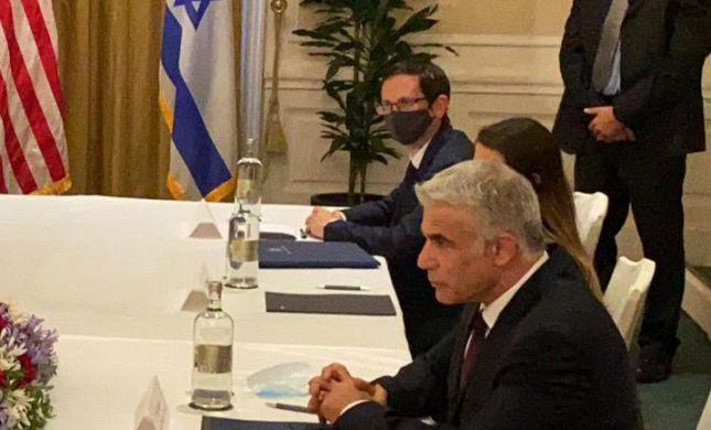 """לפיד ברומא: """"לישראל יש השגות על הסכם הגרעין"""""""