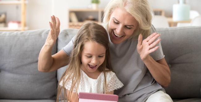 הורים: איפה אתם שמים גבול בכמה קונים לילדים?
