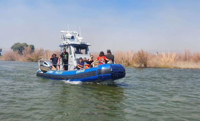 מאות מטיילים פונו מהכינרת בגלל שריפה בחוף אמנון