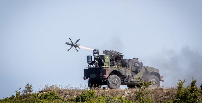 צפו: שיגור ראשון של טיל תמוז ישראלי מרכב קל