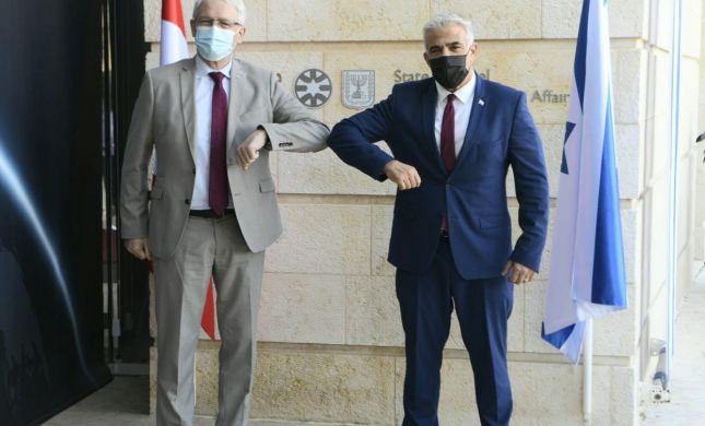 אחרי התמיכה: לפיד נפגש עם שר החוץ של קנדה