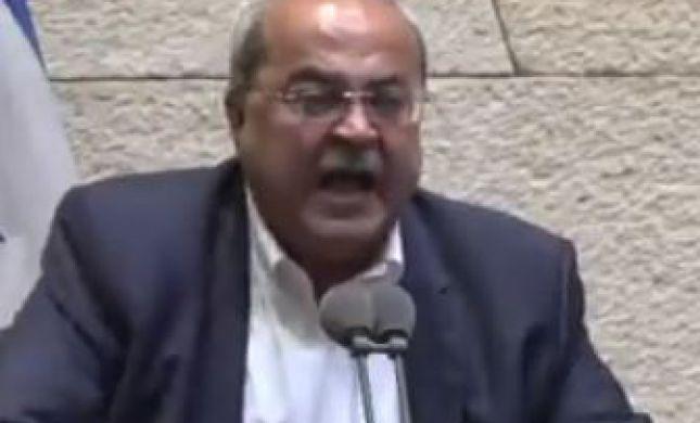 צפו: אחמד טיבי מתפוצץ במליאת הכנסת