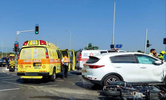 טרגדיה: אב נהרג לעיני בנו בתאונת אופנוע