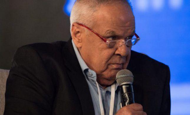 """""""סליחה רוני"""": העיתונאי רוני דניאל הובא למנוחות"""