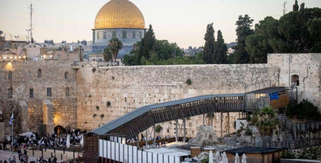 למרות המתיחות: 1679 יהודים עלו להר הבית בט' באב