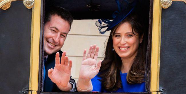 סיפור מהאגדות: ציפי חוטובלי בבית המלוכה