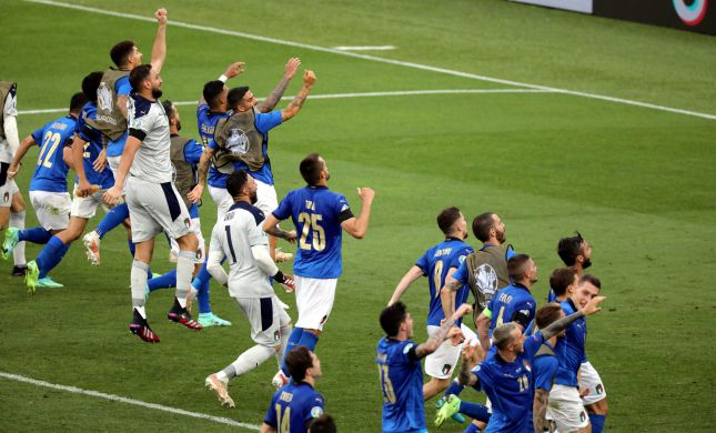 """""""אירופה בידנו"""": איטליה חזרה הביתה עם הגביע"""