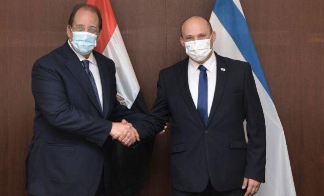 לראשונה: נשיא מצרים הזמין את בנט לביקור רשמי