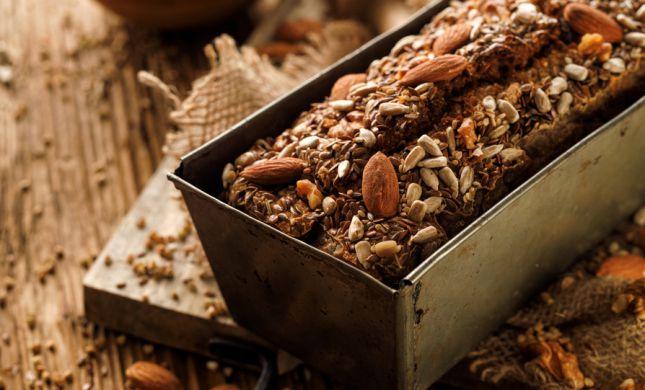 מכורים לטחינה: תכינו ממנה לחם טעים, וללא גלוטן| מתכון
