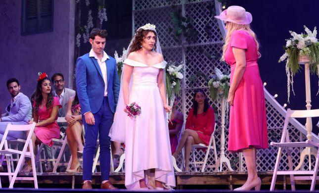 """רוני דלומי: """"חתונה או אי חתונה לא מגדירה משהו"""""""
