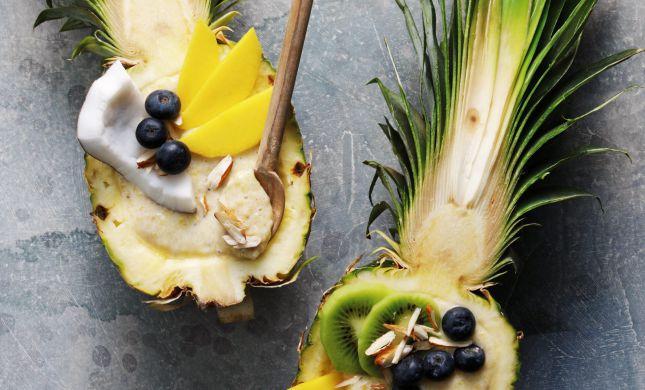פותחים את יום שישי בשייק פירות טרופיים עם צ'יה | מתכון