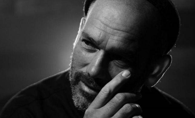 אקרא ליופי: הסינגל החדש של יונתן רזאל
