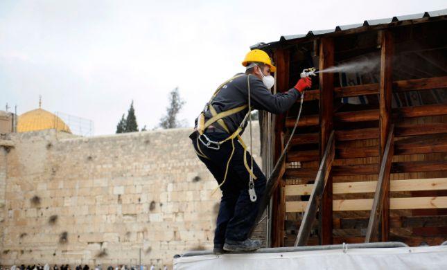 תיעוד: החלו העבודות לחיזוק הגשר להר הבית