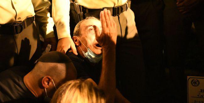 """אלפים בהלווית הלוחם בראל שמואלי: """"אין לנו חיים יותר"""""""