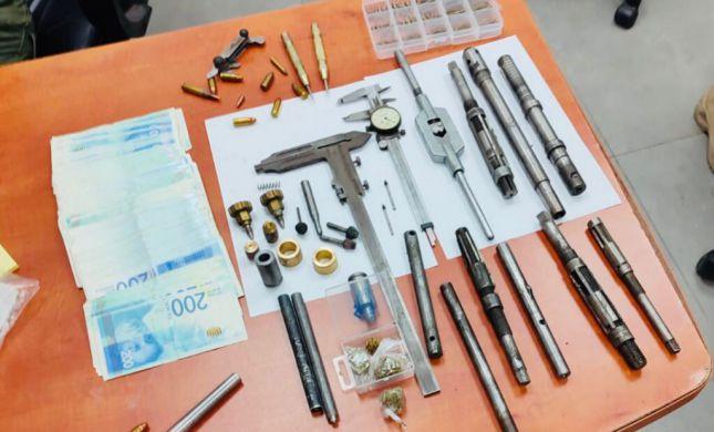 מחרטה לייצור נשק נתפסה בכפר ערבי בגזרת עציון