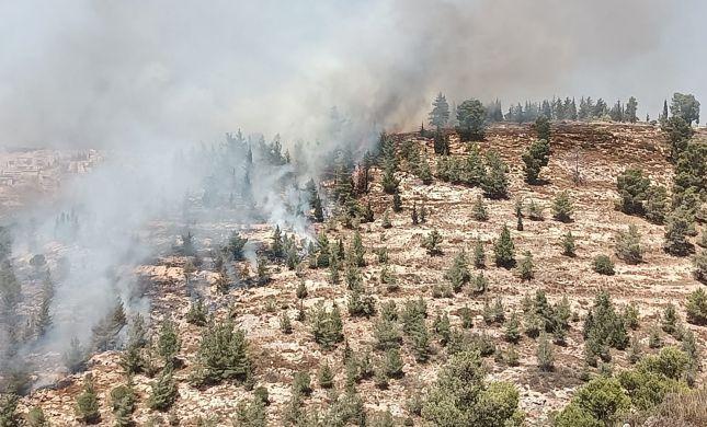 גוש עציון: שריפת ענק סמוך ליישוב גבעות