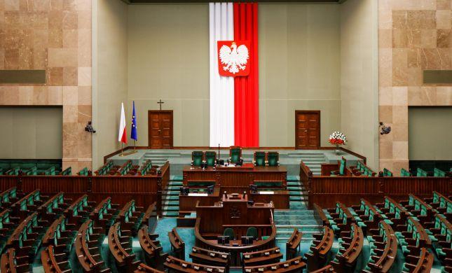 """ארה""""ב: """"מודאגים מאוד מהחוק הפולני"""""""