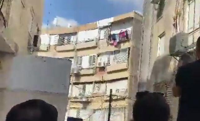 תיעוד מטורף: בניין בן 4 קומות קרס בחולון