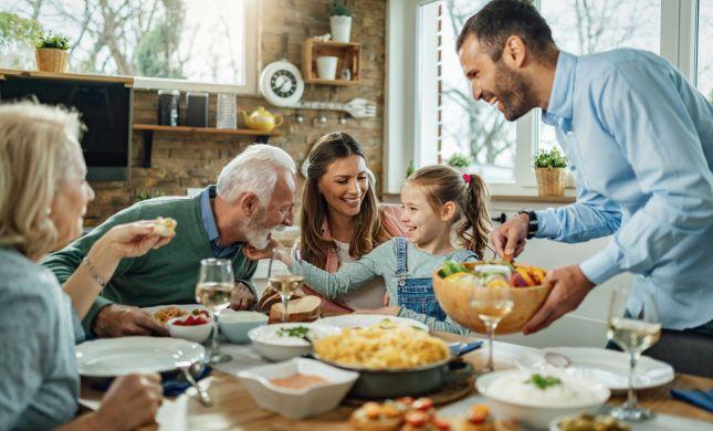 מהסלטים ועד הקינוח: 7 מתכונים לארוחה מושלמת