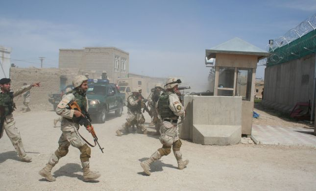 """85 מיליון על מלונות: על מה ארה""""ב בזבזה באפגניסטן"""