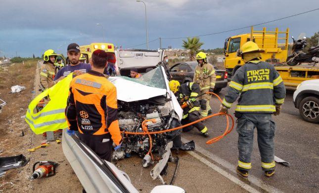 פצועים ולכוד בתאונה קשה מאוד בכביש 45