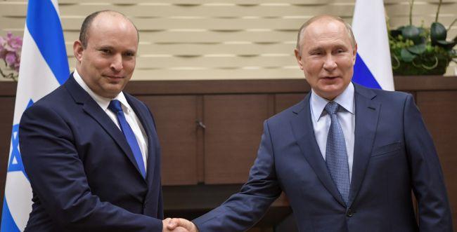 בשל התארכות הפגישה: בנט יישאר שבת ברוסיה