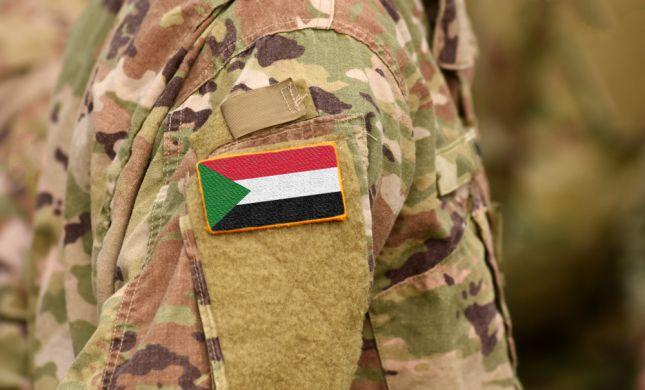 הפיכה בסודן: מפקד הצבא הודיע על מצב חירום