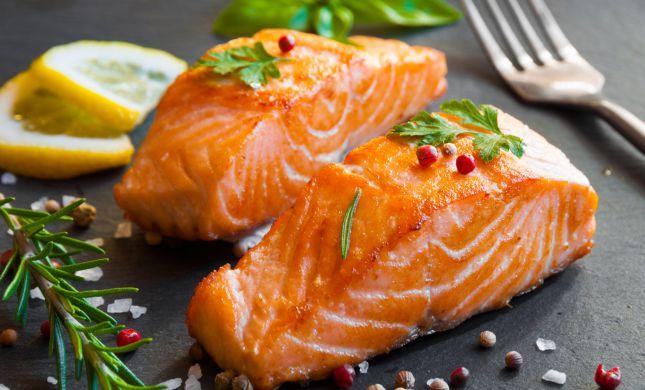ארוחה מהירה: מתכון לסלמון במיקרוגל