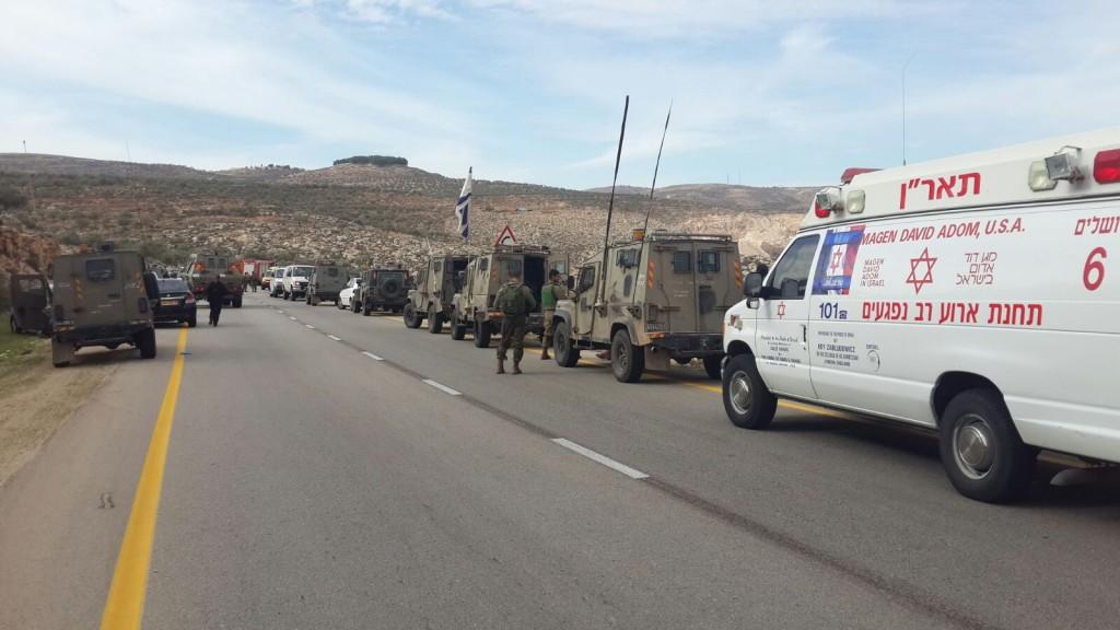 אוטובוס החיילים התהפך: חיילת נהרגה ו-50 נפצעו