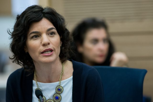 Left-wing Meretz parliament member Tamar Zandberg attends a Education, Culture, and Sports Committee meeting in the Israeli parliament on February 24, 2016. Photo by Yonatan Sindel/Flash90 *** Local Caption *** úîø æðãáøâ îøö çáøú ëðñú åòãú çéðåê