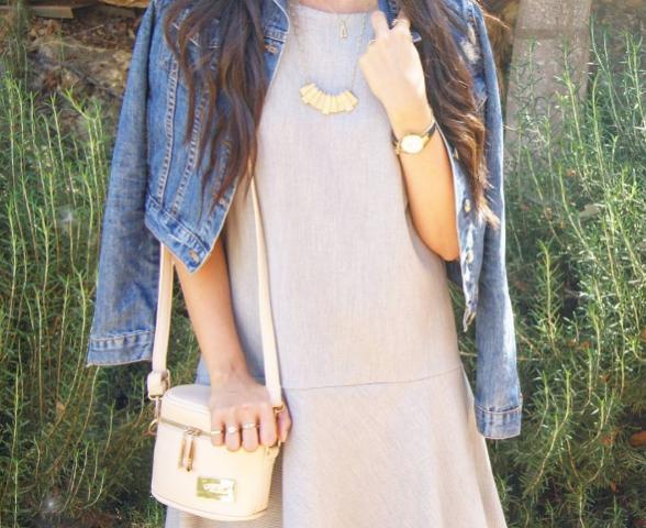 ז'קט ג'ינס הפריט הכי שימושי במלתחה שלה (צילום מתוך האינסטגרם)