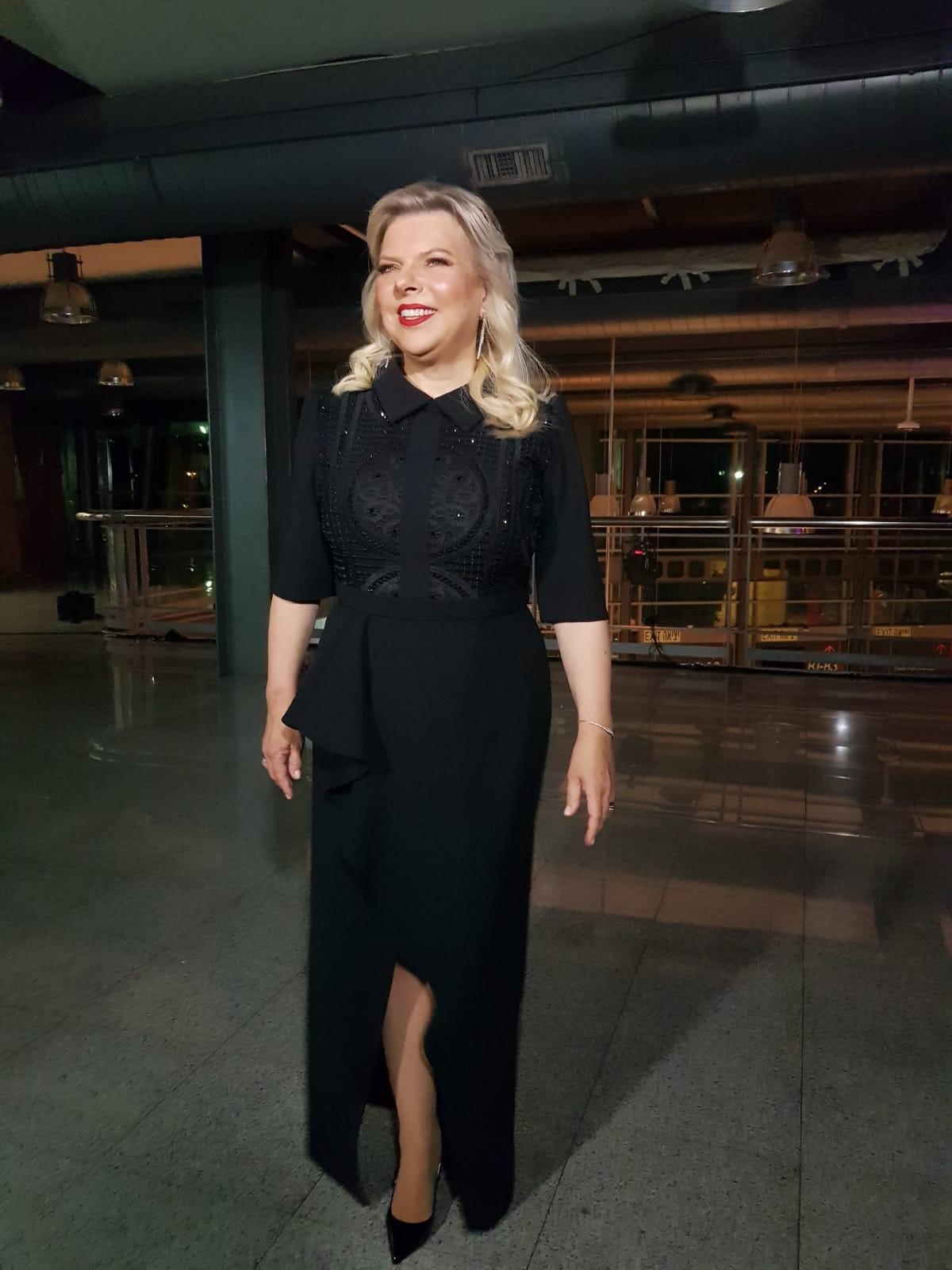 שרה נתניהו בשמלה של דרור קונטנטו